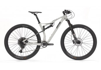 Bicicleta doble suspension carbono 29 Evolution FS900 Reba